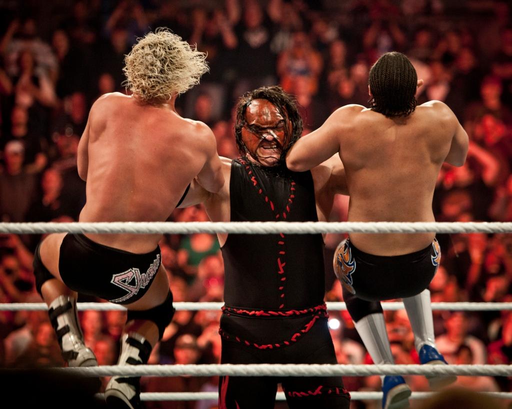 WWE - Raw at Rose Garden