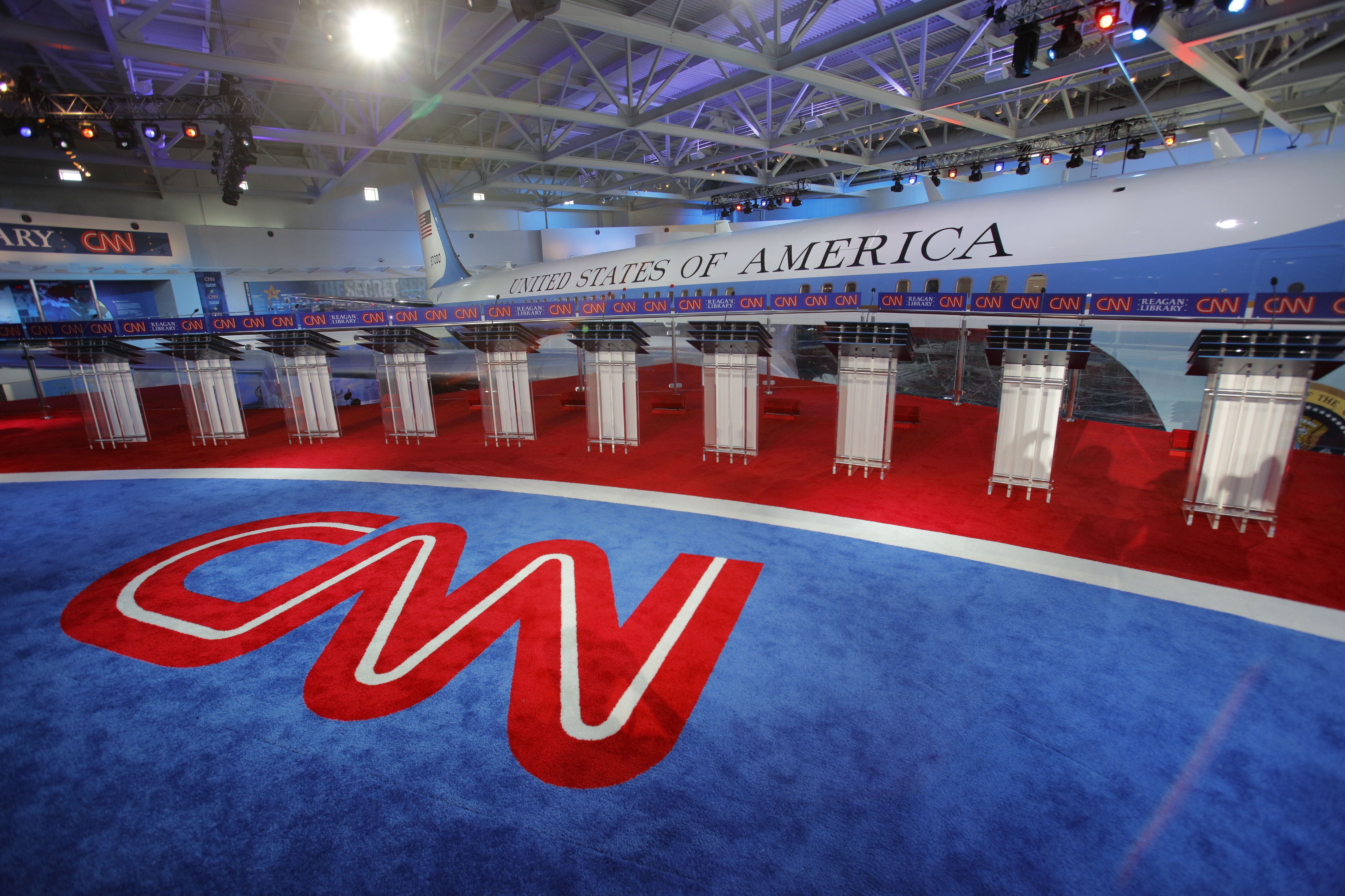 Presidential Debate Features Air Force One Background Before Debate Starts
