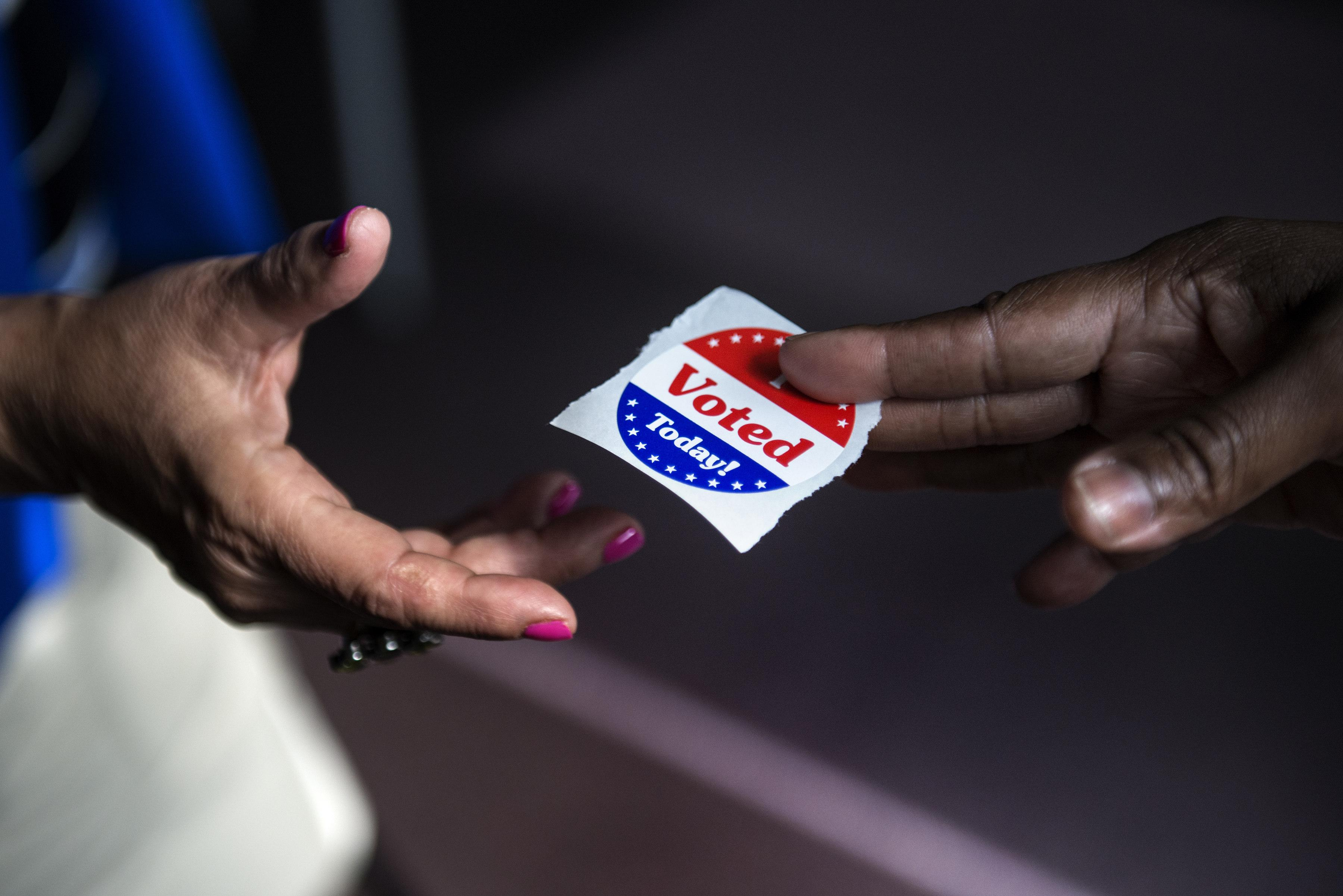 US-VOTE-2012-ELECTION