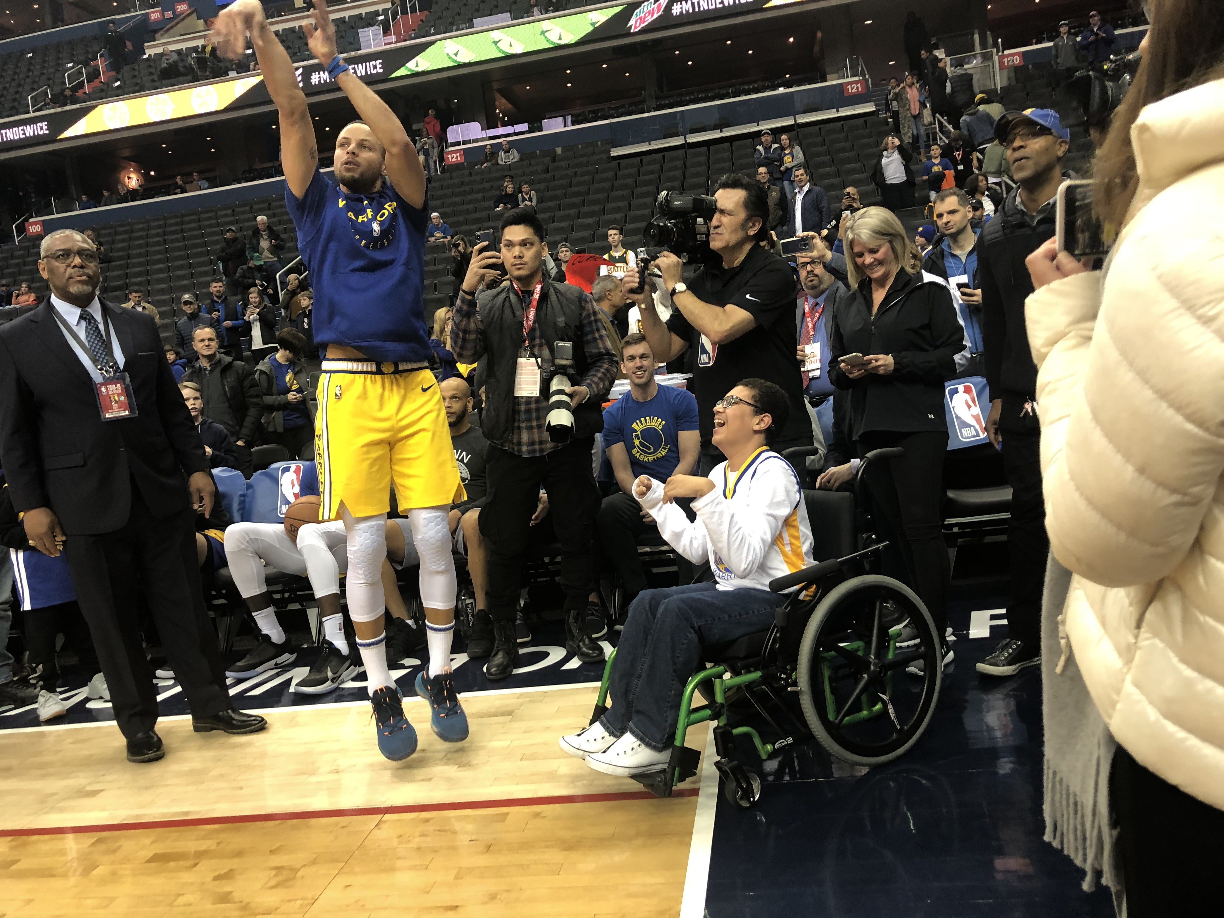 Stephen Curry Shoots With Disabled Fan