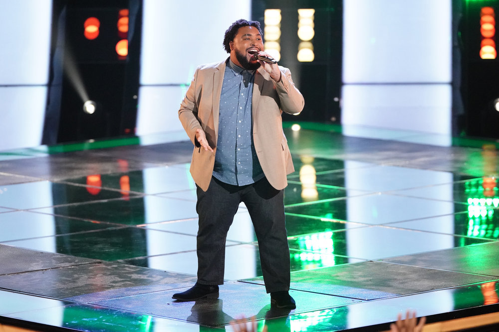 Matthew Johnson Sings At The Season 16 Premiere Of NBC's The Voice